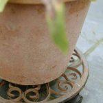 Esschert design support kynast dessous de pot de jardin en fonte rond taille s : ø env. 29 cm de la marque Esschert Design image 1 produit
